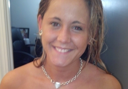 jenelle-evans-before-surgery-topless-pic-01-600x450